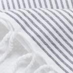 GC-foutas-detail-nid-abeille_blanc_01
