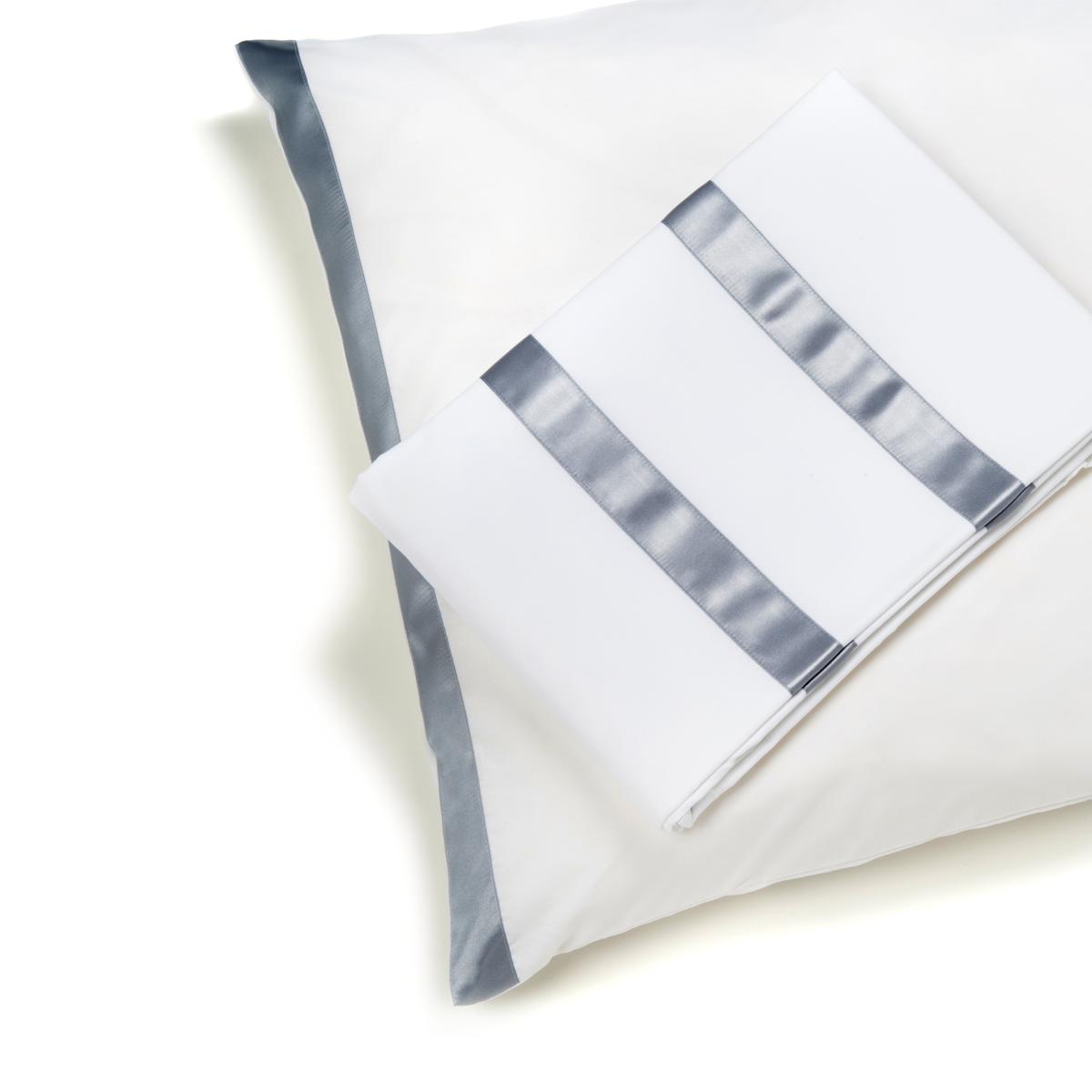 housse de couette mod le traits bis collection bis gris clair. Black Bedroom Furniture Sets. Home Design Ideas