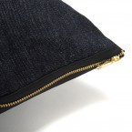 coussin_jeans_black_gold_closeUp_2