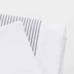 GC-foutas-detail-nid-abeille_blanc_03