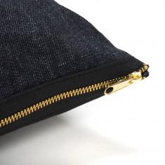 coussin_jeans_black_gold_closeUp